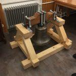 Die Vereinsglocke im Glockenstuhl